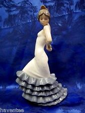 FLAMENCO FEMALE GIRL DANCER FIGURINE NAO BY LLADRO  #418