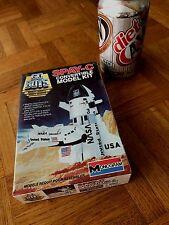 Go Bots Mighty Robot- Nasa Space Shuttle Spay-C Convertible, Plastic Model Kit,