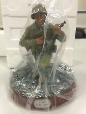 2000 Hasbro GI Joe Military Medal Series D-Day First Wave Statue