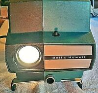 BELL & HOWELL, MDL 745, VINTAGE FILMSTRIP CLASSROOM SLIDE PROJECTOR, TESTED USED