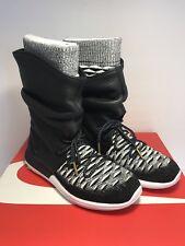 online store 78ec4 fc752 Nike Womens Size 6 Roshe Two Flyknit Water Repellent Sneaker Boots  225