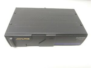 Alpine CHM-S601 6-Disc CD Changer with Cartridge Included