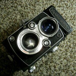YASHICA 635 Vintage Twin Lens TLR Film Camera