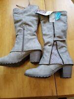 NEW Muk Luks Women's Lacy Boots - Beige - Size: 10