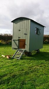 Shepards hut chicken coop/house/hen
