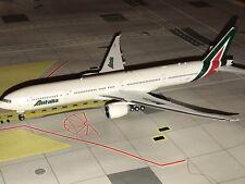 Phoenix 1:400 Alitalia B777-300ER EI-WLA