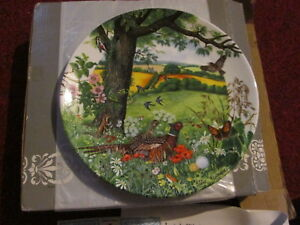 Meadows And Wheatfields Collectors Plate Wedgwood With Certificate