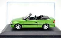 Coche Auto Astra Cabriolet Escala 1/43 diecast miniaturas automodelismo IXO