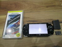 Sony PSP 3000 Console Piano Black w/battery pack 4GB Memory Gamecartridge o76