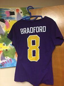 Minnesota Vikings Sam Bradford V-Neck T-shirt Women's Medium Purple Pro Line