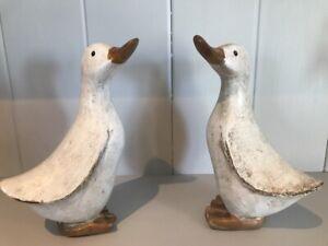 Shabby Chic Wooden Ducks