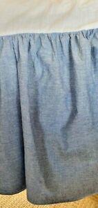 LAUREN Ralph Lauren MEDIUM Blue Chambray Dust Ruffle Bed Skirt QUEEN   MINT