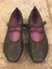 Tsubo Womens Taupe Leather Mary Jane Ballet Flats Size 7