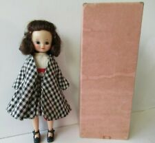 8 In American Character Betsy Mccall Brunette Doll In Town & Country W/ Pink Box