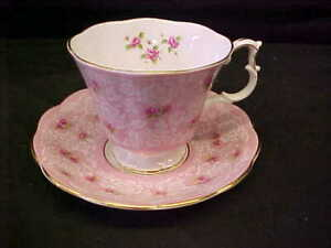 ROYAL ALBERT BONE CHINA ENGLAND TRUE LOVE CUP & SAUCER PINK lace ROSES TEXTURE
