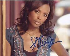 AISHA TYLER signed autographed photo