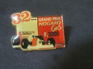 pin's voiture F 3000 Marlboro 32eme Grand Prix de Nogaro