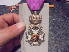 belle medaille chevalier ordre de leopold sabre croisé..