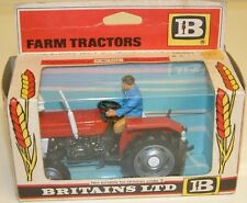 VINTAGE TOYS : MASSEY-FERGUSON TRACTOR MODEL MADE BY BRITAINS IN 1975 (DJ)