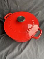 Cuisinart Cherry Red Round 5 Quart/4.8L Enameled Cast Iron Dutch Oven w/ lid *