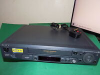 SONY SLV-SE80 Video Cassette Recorder VHS Smart VCR Black FAULTY / SPARES