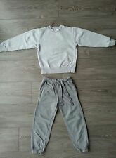 Lot sweat et pantalon gris SFERA/DOMYOS 6-7 ans, tbe!