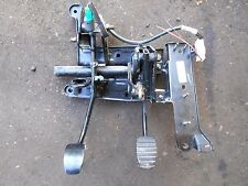 clutch brake pedal box vauxhall vivaro nissan primastar  01 t 14 van pedals cage