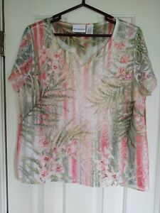 LADIES ALFRED DUNNER TOP, SIZE LARGE, PULLOVER KNIT WITH LACE, SHORT SLEEVES EUC