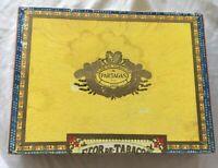 Vintage Flor de Tabacos de Partagas 1845 Fabrica de Cigarros Puros Cigar Box