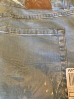 Isaac Mizrahi Live! 24/7 Denim Straight Leg Jeans Size 16  Light Indigo
