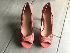 Kurt Geiger Ladies High Heeled Peep Toe Shoes Size 39 / 6 Excellent Condition.