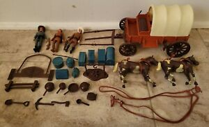 EMPIRE LEGENDS OF THE WEST COVERED WAGON 1979 PLAYSET NEAR COMPLETE WITH EXTRAS