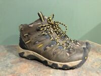 KEEN 1014930 BROWN LEATHER HIKING BOOTS MENS SIZE 8.5