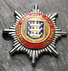 KINGSTON UPON HULL FIRE BRIGADE CAP BADGE.
