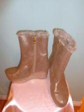 Michael Kors Gold Fabric/Faux Fur Wedges High Ankle Boots Size 5M EUC