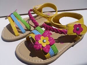 New CuteMULTICOLOR Sandals For Toddler Girls.