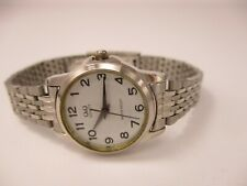 Q&Q Women's Water Resistant Women's Silver-Toned Bracelet Link Band Analog Watch