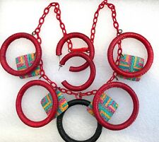 """Vintage early plastic and raffia """"statement"""" chain necklace"""