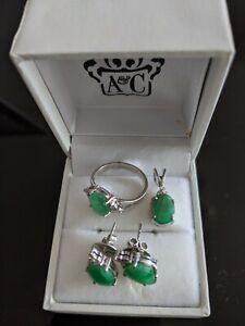 Green Jewellery Set w/ Diamonds- 14k White Gold earrings studs, ring, pendant