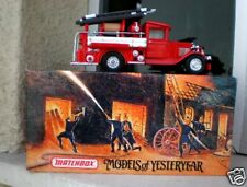 YESTERYEAR MATCHBOX YFE06 1932 FORD AA FIRE ENGINE TRUC