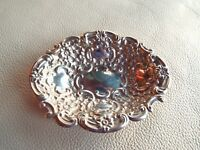 Vintage 1940 Solid STERLING SILVER Embossed Bon Bon Dish Repousse Bowl - 42.5g