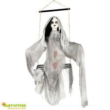 pendaglio halloween bambola posseduta con luci suoni 90 cm allestimento horror