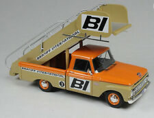 1:43 Goldvarg Collection 1965 Ford F-100 Braniff International Stairs Truck