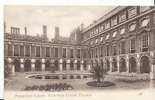 Middlesex Postcard - Fountain Court - Hampton Court Palace   ZZ2506