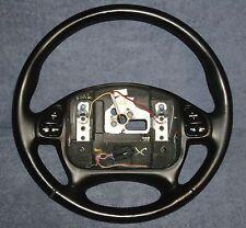 1995 - 1999 Monte Carlo Black Leather Steering Wheel w / Radio Control Switches