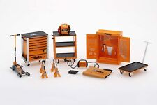 TSM13AC25 - 1/18 BETA TOOL KIT WITH JACK, TROLLEY AND AXLE STANDS