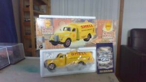 1st Gear 1949 int fuel tanker 1:34 Scale never displayed out box
