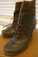 Audley Ankle Boots Lace Up size 8.5 / Euro 39