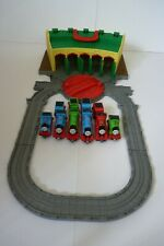 Tidmouth Sheds + 6 Engines Take n Play - Thomas & Friends - Fisher-Price.