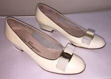 Salvatore Ferragamo Vara Patent Leather Classic Pumps Shoes Sz 6 B